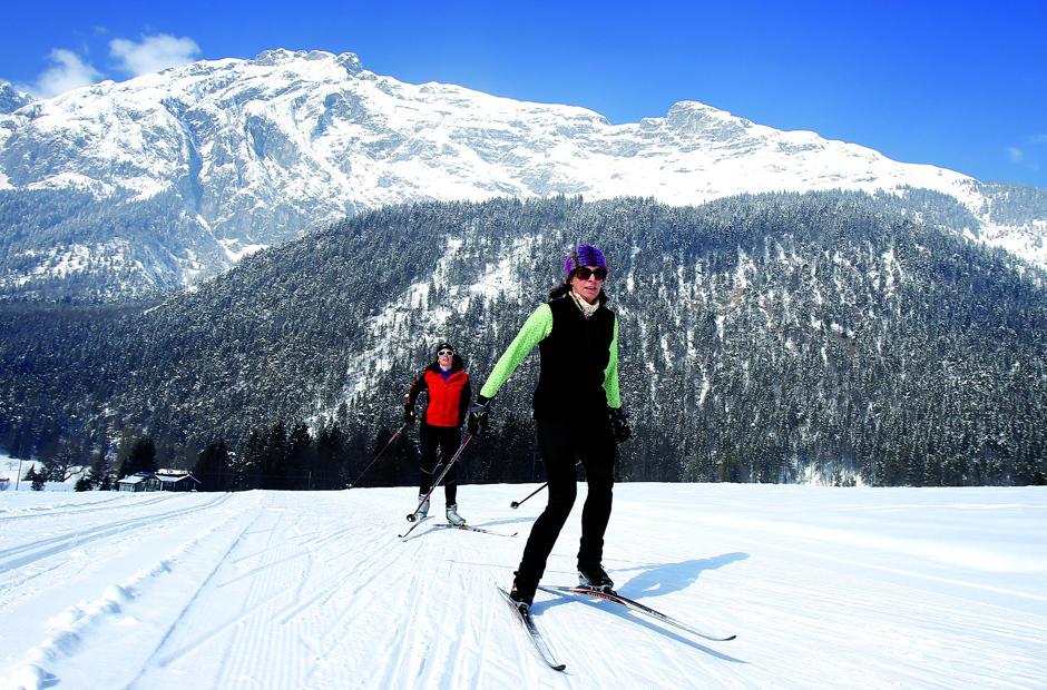 Funkelnder Winterzauber in den Tiroler Bergen Foto: Region Hall-Wattens/akz-o