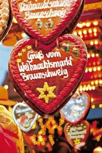 Lebkuchen darf auf dem traditionellen Weihnachtsmarkt nicht fehlen. Foto: djd/Braunschweig Stadtmarketing