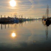 Hafen von Büsum beim Sonnenuntergang